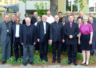 Anglicanos e católicos romanos assinam declaração sobre eclesiologia